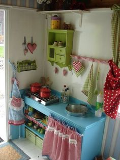 kids kitchen, probably won't do it, but so cute!!