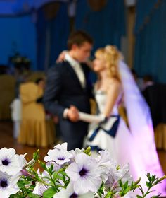 Contemporary List Of Top 25 Wedding Songs Fur The First Dance