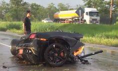 Young Driver Miraculously Survives Crash, Splitting His Lamborghini Gallardo In Half (VIDEO)