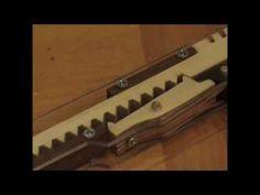 Rubber Band Gun / http://oggcraft.jp/eng/eng_gun.html