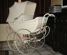 I travelled around in one of these with my 2 cousins in with me and my brother sat on a special seat that went across Pram Stroller, Baby Strollers, Silver Cross Prams, Style Anglais, Vintage Pram, Prams And Pushchairs, Shabby Chic Antiques, Baby Buggy, Dolls Prams