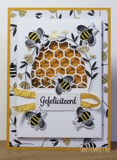 Honey Bee Bundle - Shakercard / Stampin' Up! Honey Bee Bundle - Shakercard / Stampin' Up! Butterfly Cards, Flower Cards, Stampin Up, Honey Bee Stamps, Bee Cards, Making Greeting Cards, Stamping Up Cards, Shaker Cards, Bee Happy