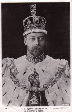 King Edward VII of Great Britain & Ireland looks exactly like the last Czar of Russia.