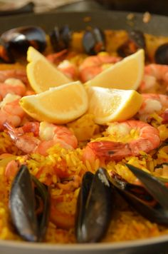 Paella de Frutos-do-Mar Homemade Fish And Chips, Portuguese Recipes, Spaghetti Squash, Carne, Seafood, Yummy Food, Healthy Recipes, Meals, Dishes