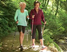 The New Way to Walk It Off - the Prevention Magazine article photo of our Balance Walking. Burns up to more calories. That's worth checking out! Walking For Health, Walking Exercise, Walking Workouts, Nordic Walking, Movement Fitness, Low Impact Workout, Half Marathon Training, Fat Burning Workout, Stay In Shape