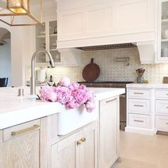 Who doesn't dream of a gorgeous peony filled kitchen?!