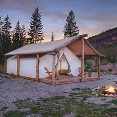 Looking for durable glamping tents for sale? Davis Tents manufactures and designs durable and luxurious glamping canvas tents. Tent Living, Outdoor Living, Casa Yurt, Tent Platform, Wall Tent, Camping Glamping, Outdoor Camping, Camping Ideas, Camping Tarp