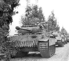 German Soldiers Ww2, German Army, Panther Pictures, Germany Ww2, War Thunder, Ww2 Photos, Tank Destroyer, Ww2 Tanks, Military Diorama