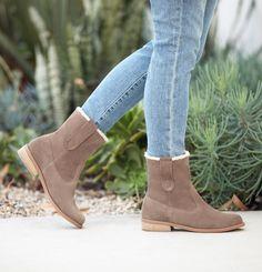 faux fur suede boots ♡