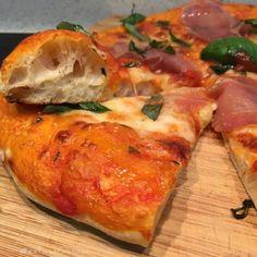#pizza #margarita & #jamón #iberico #oregano #albahaca #aove...