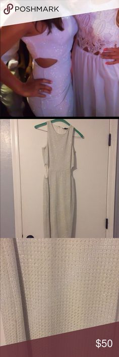 TOPSHOP Cutout Glitter Midi Bodycon Dress Dress worn once for bday celebration. Perfect for a all white party or a night out also available on Ⓜ️ Topshop Dresses