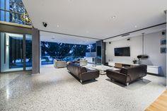 lounge / alfresco