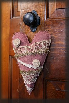 Prim Vintage Lace Heart Door Hanger -- so cute, Tammy!!