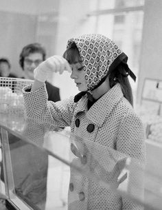 Audrey Hepburn shopping in Rome, 1961