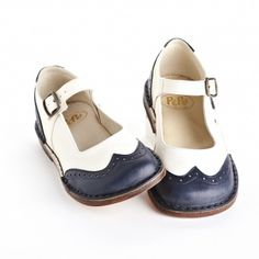 Italian shoes for kids. Spectator Mary Janes by Pepe.