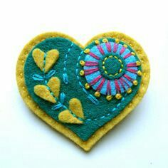 HEART felt brooch with freeform embroidery Fabric Brooch, Felt Brooch, Felt Fabric, Fabric Hearts, Fru Fru, Felt Embroidery, Felt Decorations, Heart Crafts, Felt Christmas Ornaments