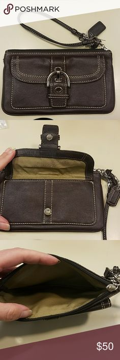 Super cute Coach wristlet Perfect condition, almost new, super cute leather Coach wristlet Coach Bags Clutches & Wristlets