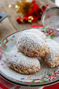 Turkish Delight and Walnuts Cookies, Turkish Delight and Walnuts Cookies Recipes, Greek Desserts, Greek Recipes, Vegan Vegetarian, Vegetarian Recipes, Greek Pastries, Walnut Cookies, Sweet Cookies, Turkish Delight, Something Sweet