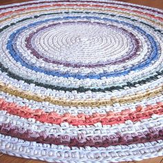 crochet rag rug. should start one of these soon for the kids' new room or play room