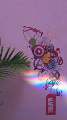 Marvel iPhone lockscreen