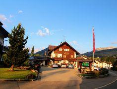 Gatterhof Stammhaus im Kleinwalsertal Kirchen, Cabin, House Styles, Home Decor, Places, Summer, House, Homemade Home Decor, Cabins
