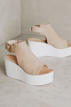 Cute beige wedges.