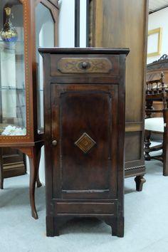 Comodino con anta e cassetto, restaurato, periodo '800.