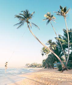 Unawatuna, Sri Lanka @_andreanicolaou