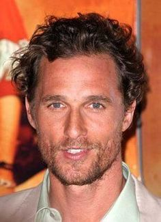 matthew mcconaughey / curly hair style for men.great look. Popular Mens Haircuts, Easy Mens Hairstyles, Haircuts For Curly Hair, 2015 Hairstyles, Curly Hair Men, Permed Hairstyles, Celebrity Hairstyles, Haircuts For Men, Straight Hairstyles