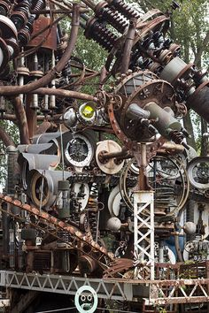 A portion of the Forevertron by Dr. Evermor