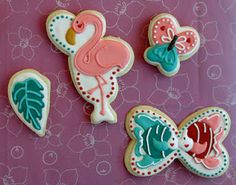 Jungle Animal cookies using only heart cutters - I love how creative some people are with using one shape cookie cutter to make totally different cookies such as these