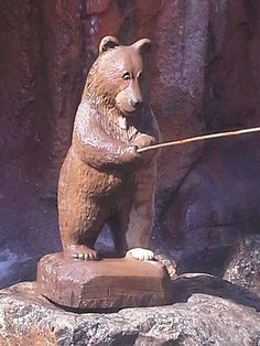 One of the cutest carved wood bears I have ever seen! Fresno Fair, Carved Wood, Panther, Bears, Fishing, Carving, Cute, Animals, Animales