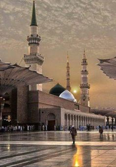 Madinah Al.munawwarah  Madinah Almunawwarah Islamic Images, Islamic Pictures, Islamic Art, Al Masjid An Nabawi, Masjid Al Haram, Mecca Wallpaper, Islamic Wallpaper, Beautiful Mosques, Beautiful Places