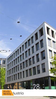 Европейский Университет — одна из лучших бизнес-школ в мире. Это международный вуз, филиалом которого и является EU Munich.⠀ ⠀ EU предоставляет своим студентам высочайший уровень образования, лучших преподавателей, комфортные условия для учебы и студенческой жизни.⠀ ⠀ 🌐 EU обладает безупречной репутацией. У бизнес-школы очень высокий показатель трудоустройства выпускников. ⠀ Свяжитесь с нами, чтобы стать студентом EU Munich 😉 #университет #обучение #учеба #германия #европа #мюнхен… Multi Story Building, Study, Studio, Studying, Research