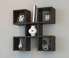 Wall shelves are simple and ingenious storage solutions for things like books, decorations, personal collections and other small objects Modern Shelving, Shelves, Wall Shelves Design, Bookshelf Design, Wall Shelves, Wall Shelves Living Room, Wood Furniture Diy, Living Room Tv Unit Designs, Closet Layout