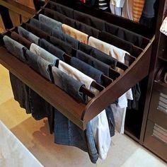 Ideas para guardar los pantalones. #IdeasenOrden #closets #decoracion