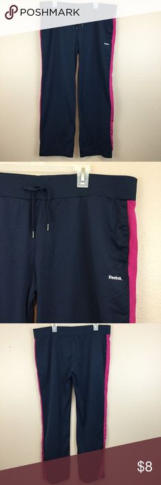 REEBOK 2XL NAVY BLUE JOGGING SWEATPANTS See my other cute items**  size 2XL, 100% polyester, has pockets and elastic waistband. Reebok Pants Track Pants & Joggers