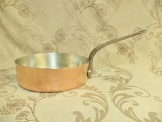 Copper Frying Pan, Copper Pans, Shabby Chic Kitchen, Kitchen Decor, Kitchen Ideas, Gifts For Hunters, Hunting Gifts, Ranch Style Homes, Copper Kitchen