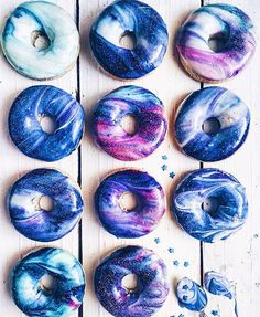 i like donuts. all the donuts. but these donuts are beautiful. i'll still just eat them. Delicious Donuts, Delicious Desserts, Healthy Donuts, Galaxy Desserts, Blue Desserts, Health Desserts, Rainbow Project, Homemade Donuts, Cute Food