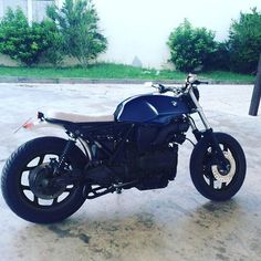 Prova colore #caferacerbmw #k75 #caferacerxxx #bmw #caferaceroninstagram #cool #design #addictmotorcycle