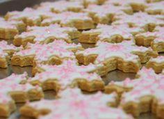 snowflake cookies,Christmas cookies