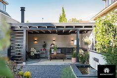 Garden room extension to garage, Nieuwerkerk a / d IJssel This garden room (model Nice) … - All About Balcony Backyard Patio Designs, Backyard Fences, Backyard Landscaping, Landscaping Ideas, Outdoor Seating, Outdoor Rooms, Outdoor Living, Outdoor Blinds, Outdoor Decor