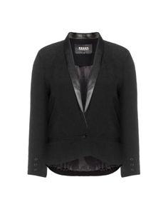 Blazer with faux leather lapels by Carmakoma. Shop now: http://www.navabi.us/jackets-carmakoma-blazer-with-faux-leather-lapels-black-21590-2400.html?utm_source=pinterest&utm_medium=social-media&utm_campaign=pin-it