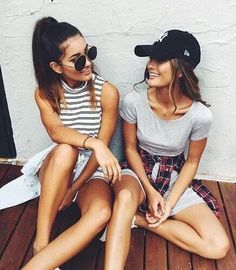 Just chillin' and talking with your BFF is the best thing.