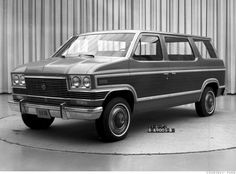 Ford Carousel 1975 - The concept of a garageable family van surfaced at Ford in the mid-70s as the station wagon was losing favor, and the Carousel was reportedly scheduled for production until the gasoline crisis hit in 1973, and the accompanying recession quashed plans for new product entries. Two Ford executives of the era, Hal Sperlich and Lee Iacocca, were paying attention, however, and took the van idea across town when they both decamped to Chrysler.