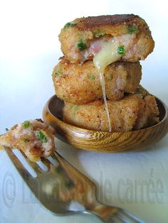 Spiced Ham and Cheese Croquettes Side Recipes, Pork Recipes, Appetizer Recipes, Appetizers, Croquettes Recipe, Square Pan, Country Cooking, Heart Melting, Ham And Cheese