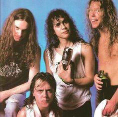 "1,014 Me gusta, 5 comentarios - ☠Metallica Fan Page☠ (@x.metallica.x) en Instagram: ""{#CliffBurton #RIPCliff #LarsUlrich #KirkHammett #TheRipper #JamesHetfield #PapaHet #Metallica #MFF…"""