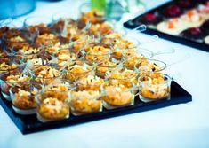 Verrine sucrée salée de mariage : les 10 plus belles recettes dénichées sur Pinterest Breakfast, Desserts, Food, Infinity Symbol, Food, Weddings, Cooking Food, Morning Coffee, Deserts