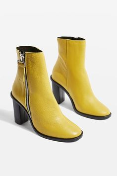 HANDSOME Ankle Boots