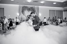 NUNTA - Foto y Cafe - Fotografie de nunta, fotograf nunta, foto-video nunta, idei de posing, wedding day, wedding photos, wedding photoshoot, wedding dance www.fotoycafe.ro